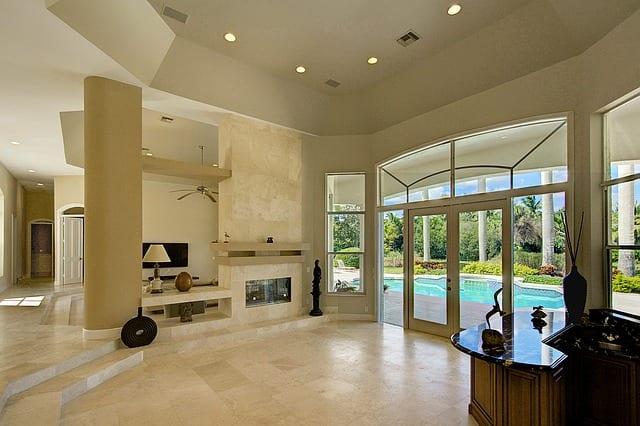 a luxurious Florida rental suite